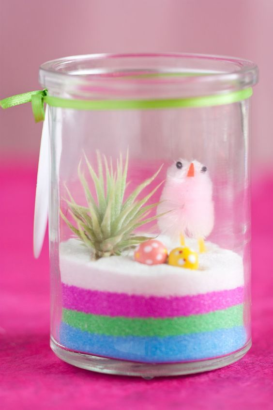 Mini Easter Terrarium #DIY #gifts #handmade #crafts #spring