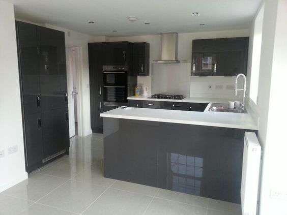 Charcoal Grey Gloss Kitchen Units White Worktops And Grey Tiled - Grey and white kitchen units