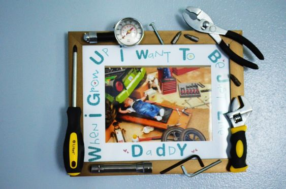 Father's Day DIY Gift Idea - Baby Mechanic Tool Frame: Diy Frame, Fathers Mothers, Diy Baby, Fathersday Projectnursery, Diy Gifts For Mechanic, Fathers Day Presents, Birthdays Fathers