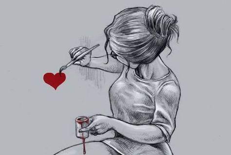 mujer-pintando-un-corazón