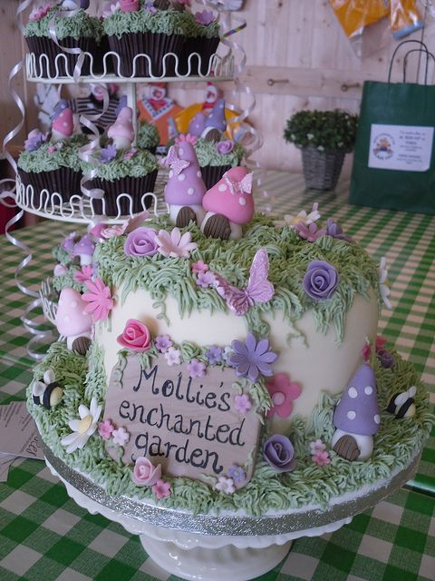 Enchanted Garden Cake and Cupcakes Flickr Photo