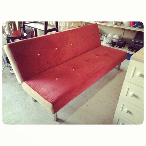 For Sale Sofa Bed Red Color New Price 47 Bd للبيع كرسي سرير لون احمر جديد السعر 47 Bd Tel 33770050 Home Decor Furniture Decor