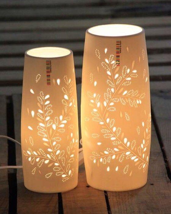 اباجورات مصنوعة من البورسلان بتصميم حديث تليق بمنزلك الارتفاع 28 سم بسعر 70 ريال للاباجورة الكبيرة كما في الصورة بجوره ابجورات Table Lamp Lamp Novelty Lamp
