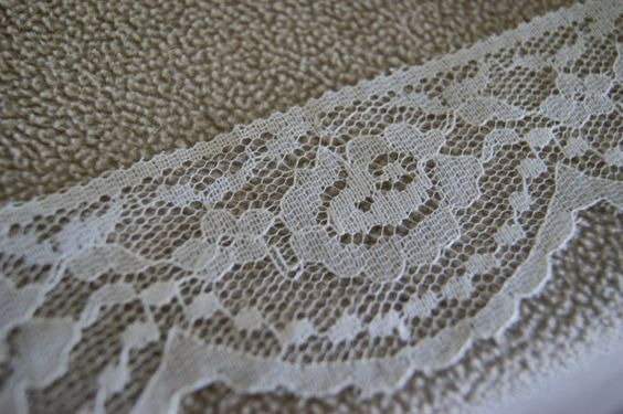 "2 yards 2"" Natural Flat Lace with Scalloped Edge"