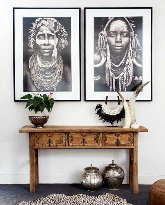 décoration africaine, photos de femmes africaines, table de bois