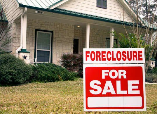 9 Ways Your Neighbors Can Screw Up Your Home Sale Sell Your
