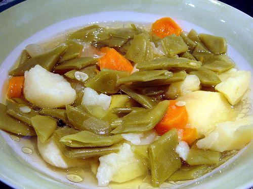 Judía verde, patatas y zanahoría.