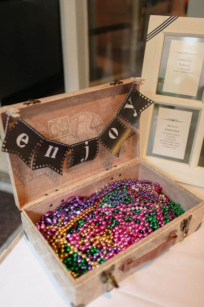 Mardi Gras beads for wedding guests - love this idea for a New Orleans wedding! | New Orleans Historic Hotel Wedding {Arte De Vie}