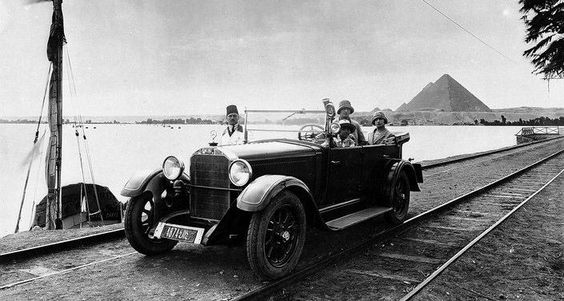 Mercedes-Benz in front of the pyramids , Egypt. The photo was taken in 1926.