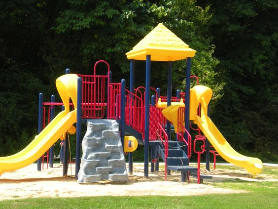 Awesome playground @ Aspen Village Apartments, 2201 48th Street ...