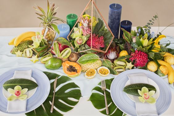 Tropical table / Mes