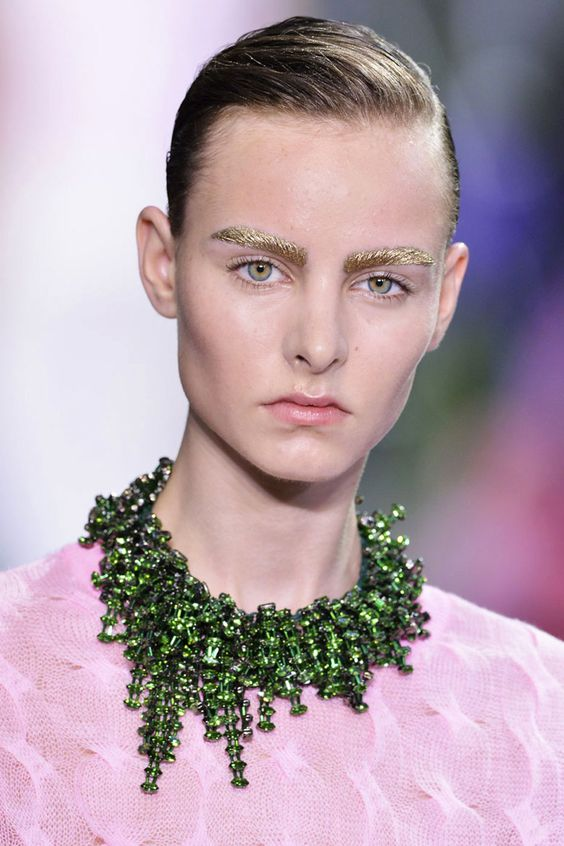 Full Spectrum  BEAUTIFUL NECKLACE BY CHRISTIAN DIOR IN #green