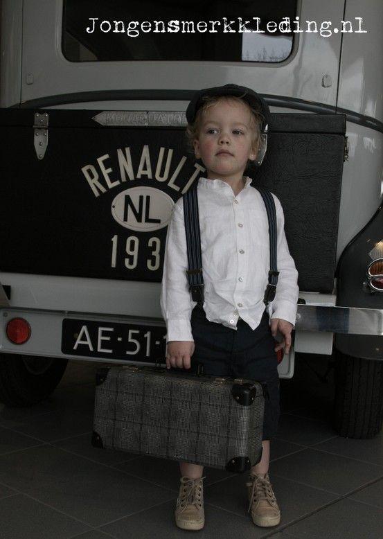 Little Linens & CTH Mini - nostalgische jongenskleding - vintage style linen clothing and caps for boys