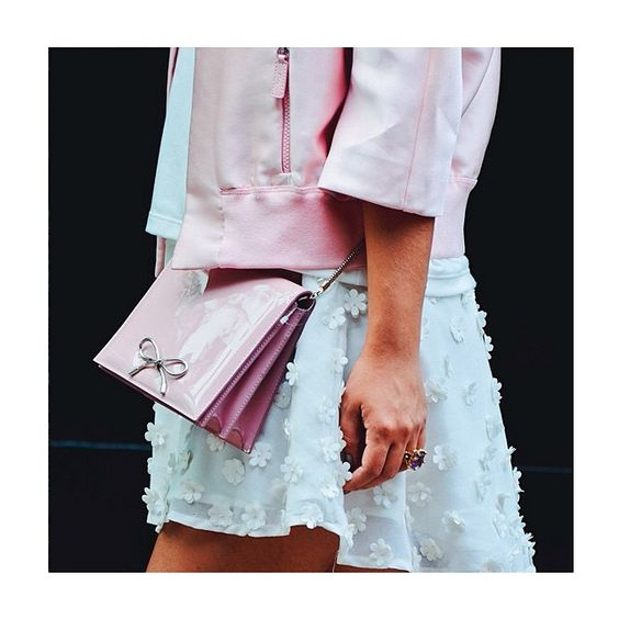 """""""YES it's all about details! Well done @dearmilano thanks for this beautiful pic! #BallyCollection bow clutch! Ready for the weekend!"""""""