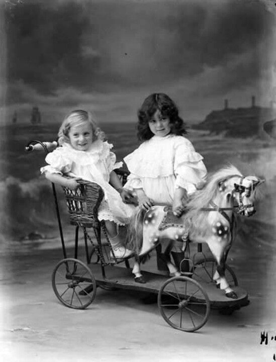 .awwwesome!!! Seen the small horses around in antique shops, now I understand how they are part of a much larger carriage for the children in Edwardian times.: