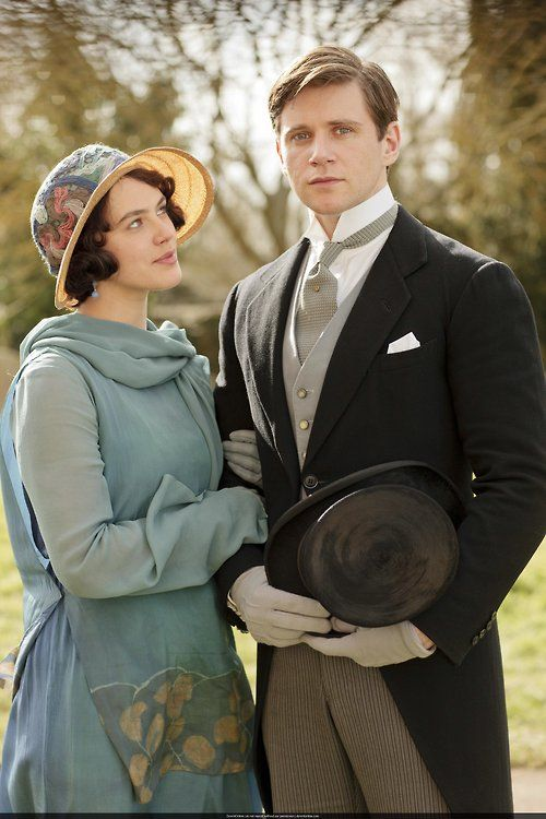 Downton Abbey - Sybil and Branson (Jessica Brown Findlay and Allen Leech) Inspiration for Mimi's outfit for Catharine's wedding. These two are so perfect for eachother.: