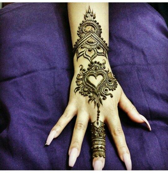 Simple Henna Tattoo Designs Hearts: Heart Mehndhi Pattern
