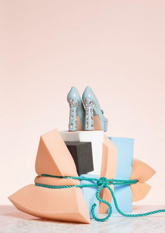 Anna Lomax - Twin | ▲Set design & Styling | Pinterest