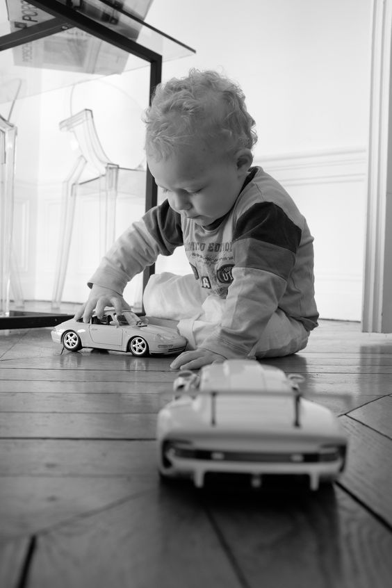 Charly and cars