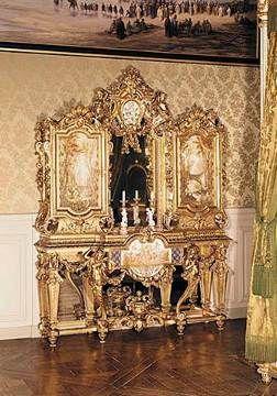 Jewellery cabinet belonging to Empress Eugenie de Montijo Guzman (1826-1920)