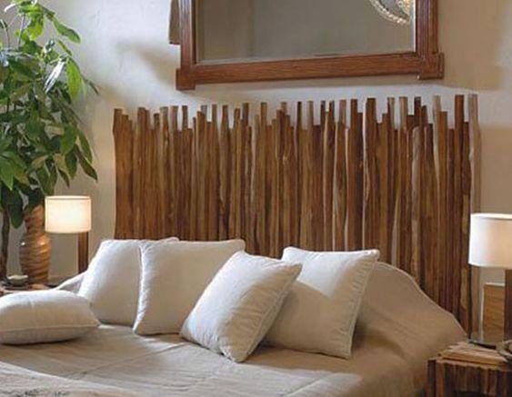 coole schlafzimmer deko idee mit nachttischen und kopfbrett aus holzstäben selber bauen_idee für spiegel im schlafzimmer