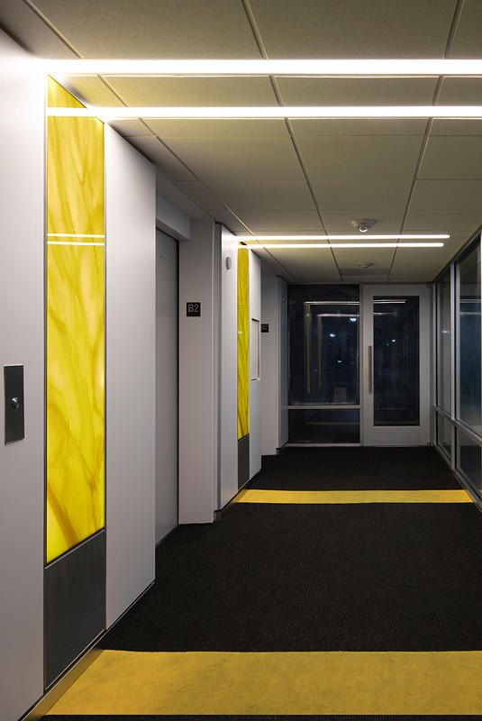Weslayan Tower Is A Leed Certified Office Building In Houston Texas In The Covered Parking Garage F S Lightplane Panels Serve As Artful Led Accent Strips Wit 2020