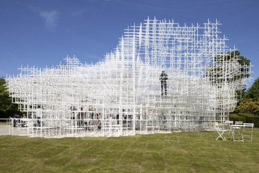 I've always wanted to hang out in a cloud -2013 Serpentine Gallery Pavilion / Sou Fujimoto, Photos by Danica Kus © Danica Kus