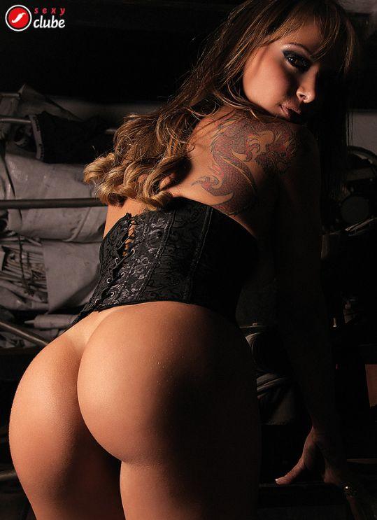 Julia Menezes - Revista Sexy (ensaio secundário) - Setembro 2013  http://facluberevistasexy.blogspot.in/2015/05/julia-menezes-revista-sexy-ensaio_4.html
