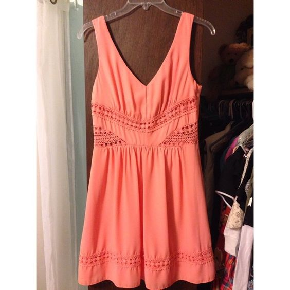 Peach chiffon dress Never worn, perfect for grad parties, fits like a 6 Von Maur Dresses Midi