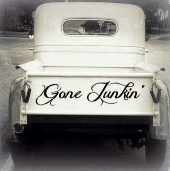 Gone Junkin' in Style - via Rebecca - Gather ye Roses