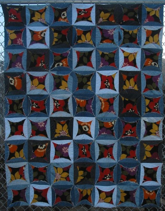 Denim Circle Quilt Colorful Fleece Blanket Recycled Jeans Upcycled. Even better than quilt batting!