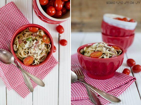 SaskiarundumdieUhr: Pasta mit Tomaten & Champignons