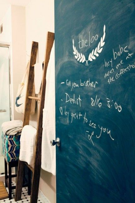 We should paint our bedroom doors with Chalkboard paint to give each other memos. @Bree Tichy Diffee @Caitlyn Sweeney