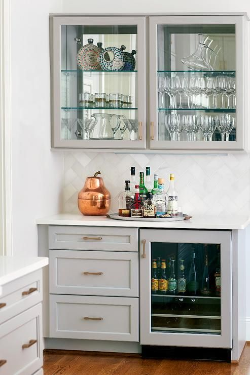Tips To Build Modern Bar Cabinet Designs For Home Home Bars Bars For Home Living Room Bar Glass Shelves Kitchen