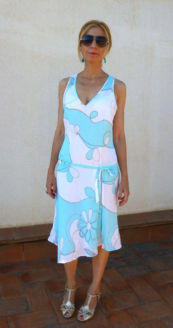 Vestido de cintura baja de Caramelo. Talla40. Disponible en el blog Anapretaporter