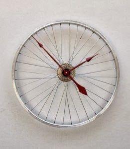 Sárzena: Geniales ideas para reciclar tu vieja bicicleta.