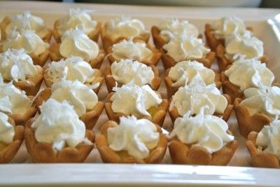 easy mini coconut cream pies!
