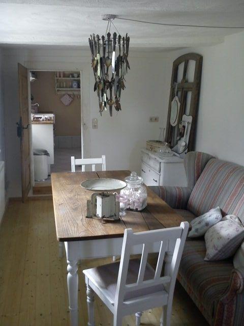 Esszimmer, Tags Esszimmer + Küchenlampe + Esszimmerlampe + Sofa in der Küche