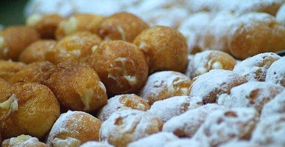 Buñuelos de viento, calabaza y horchata con chocolate: http://www.blogcocina.es/2012/03/20/bunuelos-de-viento-calabaza-y-horchata-con-chocolate/