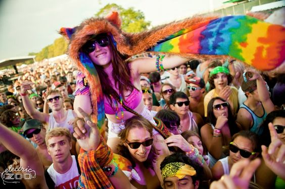 Electric Fashion For Festivals