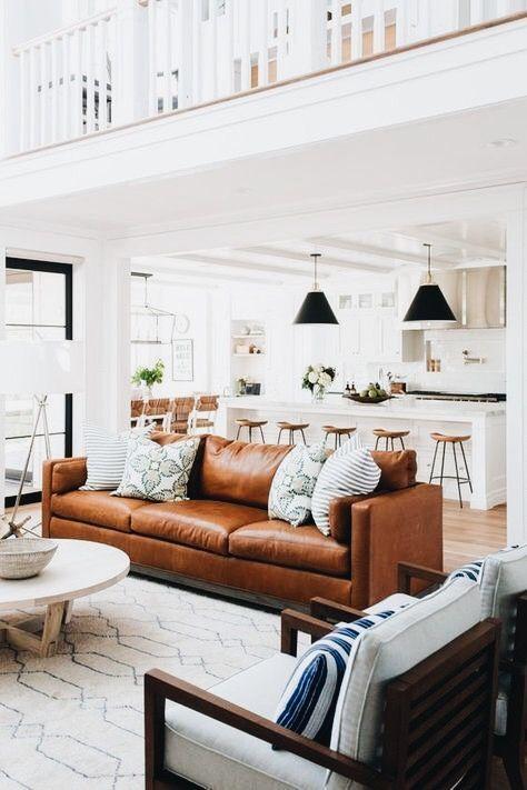 Mua sofa da thật ở đâu để chọn sofa hợp phòng khách