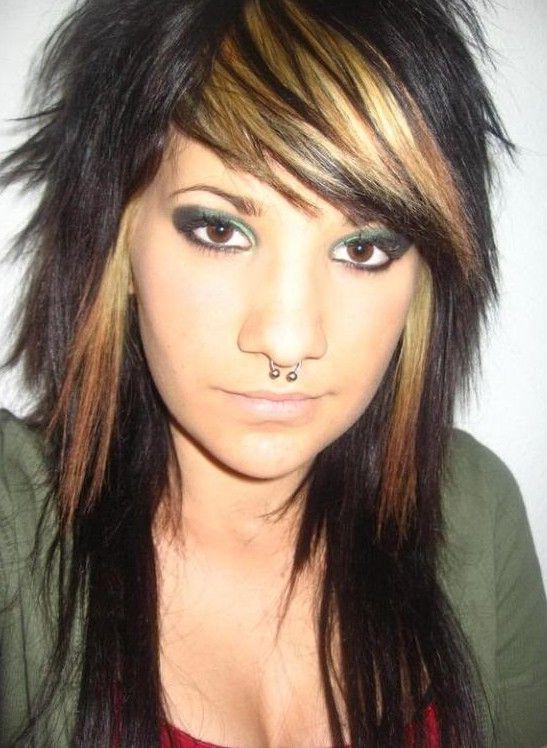 Haare Schneiden Neue Frisur Neue Frisuren Rocker Hair Medium Hair Styles Emo Haircuts