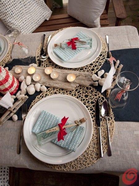 La tavola apparecchiata alla marinara per la nostra decorazione fai da te estiva