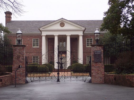 The Governor's Mansion.  Also known as Suzanne Sugarbaker's house.
