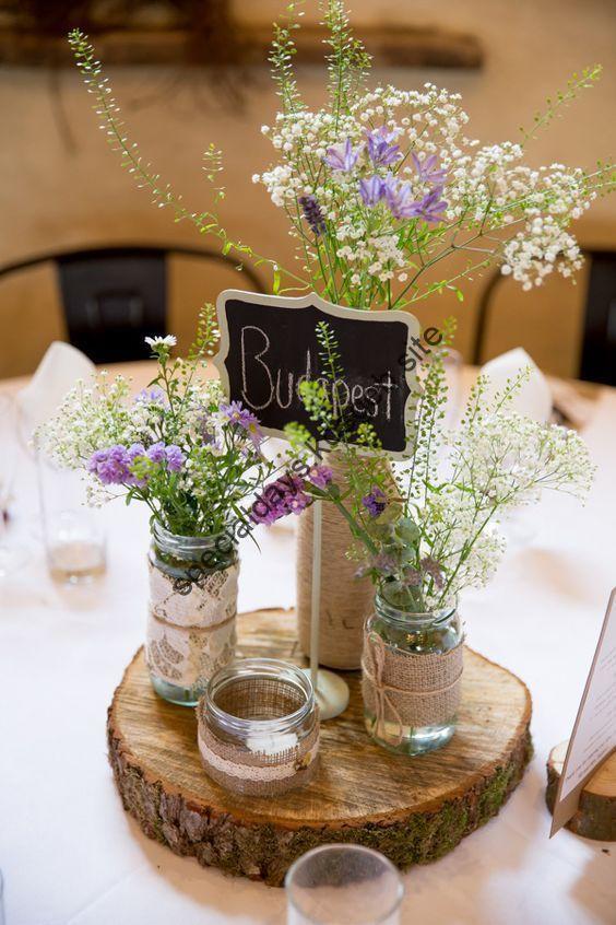 30 Gemütliche Rustikale Hochzeit Tisch Deko Ideen