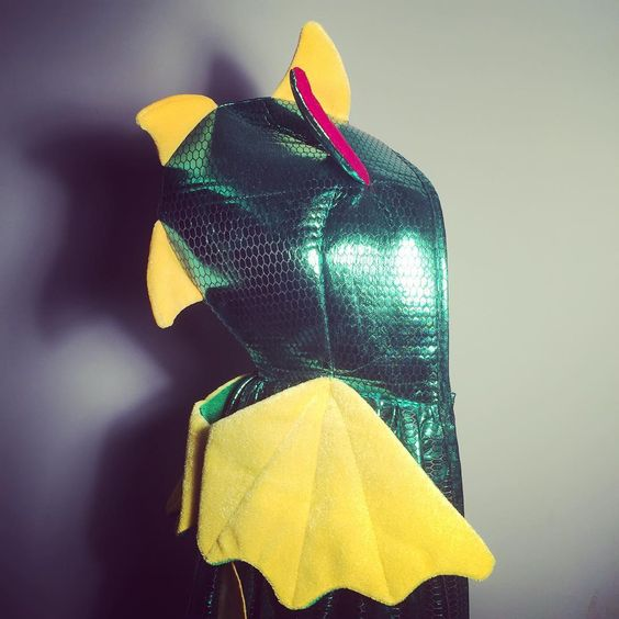 Rarr #feefifofuncostumes #12 #costumeoftheday is our bright green #dragon hooded cape. Easy on off Velcro tab for little kids. Shipping from #mississauga Canada. #shoplocal