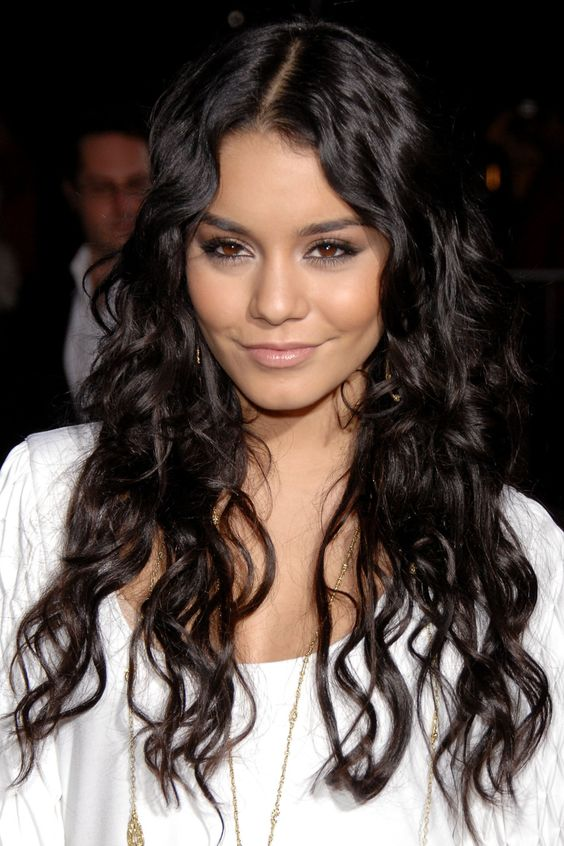 "Vanessa Hudgens  Actress: ""Neutrogena Wave Power-Cleanser for skin"""