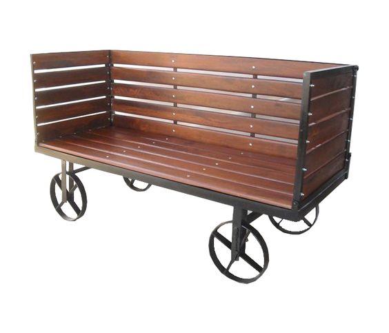 Carro sala con ruedas estilo Vintage. Fabricado con madera y fierrro reciclado by Unik. Entrada en Marzo.