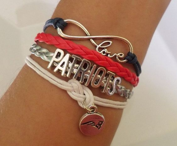 PATRIOTS Bracelet New England Patriots Football by SummerWishes