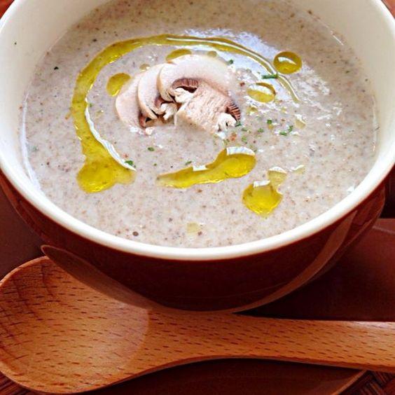 天日干ししたセミドライマッシュルームたっぷり簡単スープ キノコと知らずに、チビ〜ズごくx2✌️ - 108件のもぐもぐ - Cream mushroom soupクリームマッシュルームスープ by Ami